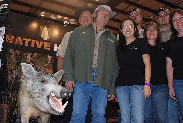The Hog Blog's Phillip Loughlin, Michael Riddle and the Native Hunt Team
